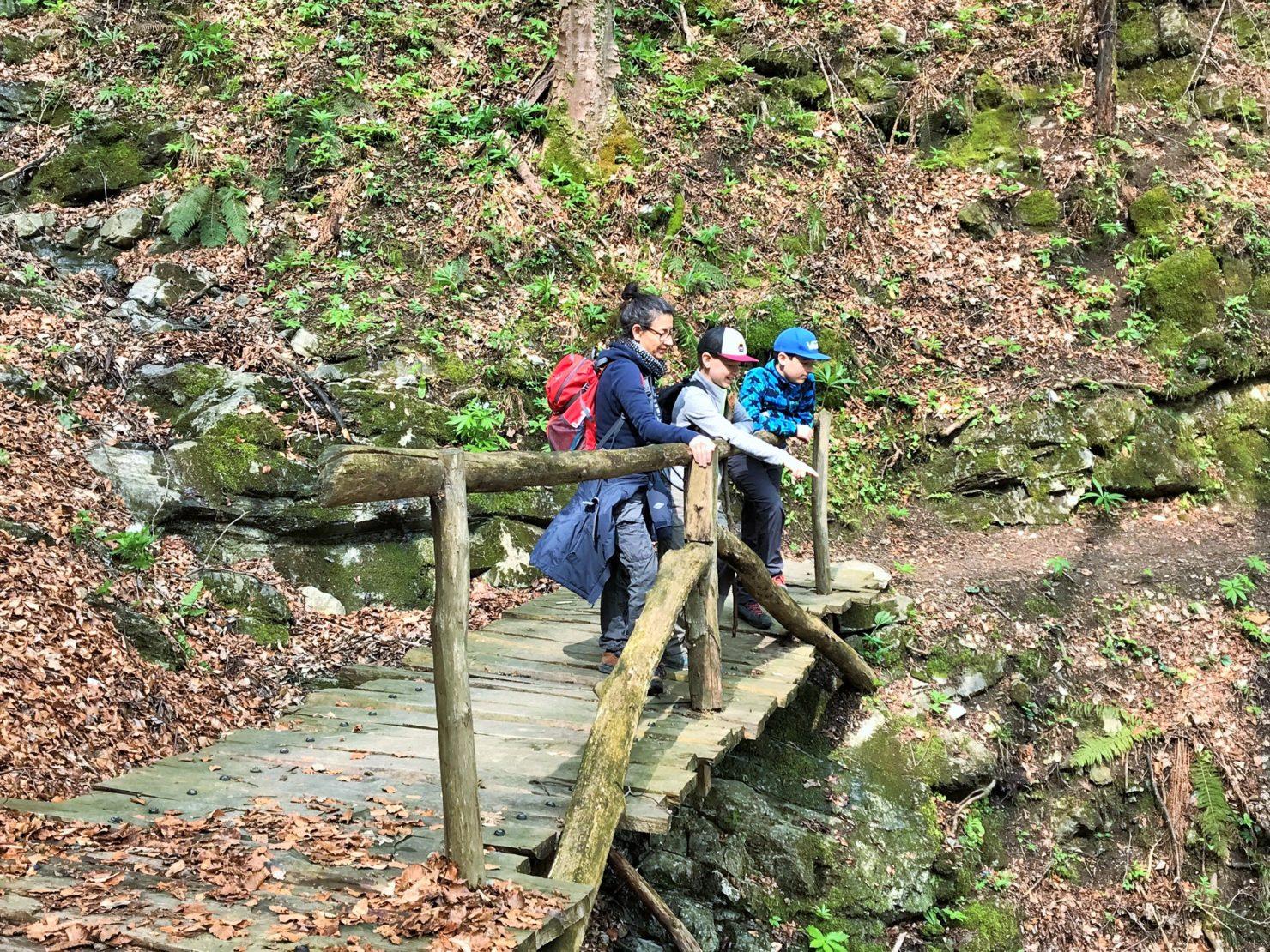 Familien Wanderung im Muggiotal im Tessin