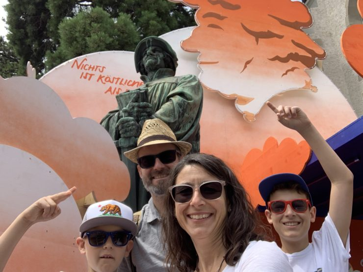 Züri Fäscht, Sechseläuten, Knabenschiessen, Street Parade, Chilbi und Grossveranstaltung: So verliert ihr eure Kinder nicht in der Menge