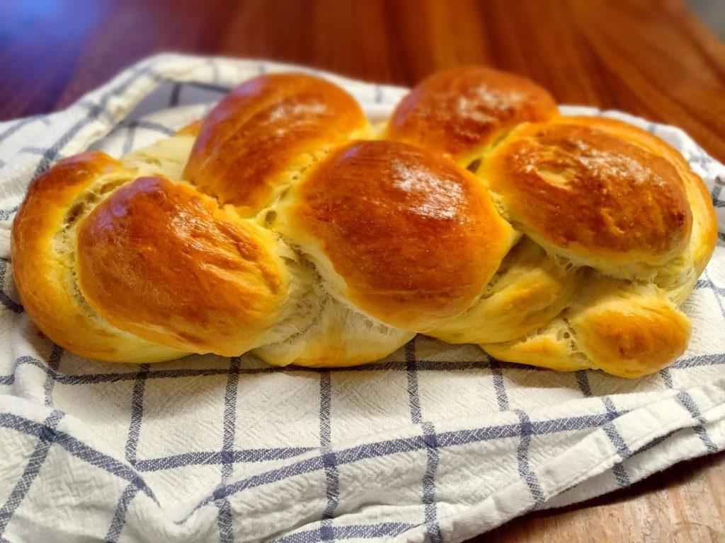 Butterzopf und Schweizer Brot: So duftet und schmeckt die Kindheit!