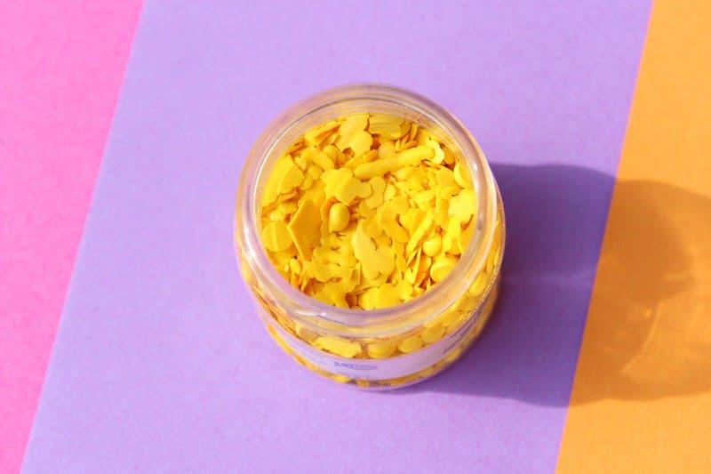Sommerliches DIY-Projekt: Eine Ananas-Duftkerze