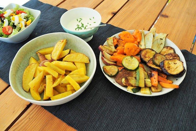 Schweizer Sommerküche : Sommerküche ofengemüse mit selbstgemachten pommes und crème