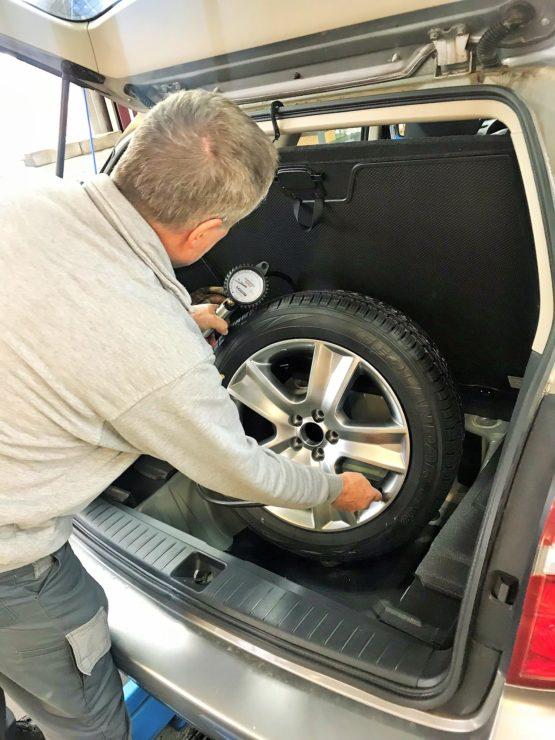 TCS Wintertest Fahrzeug Sicherheit