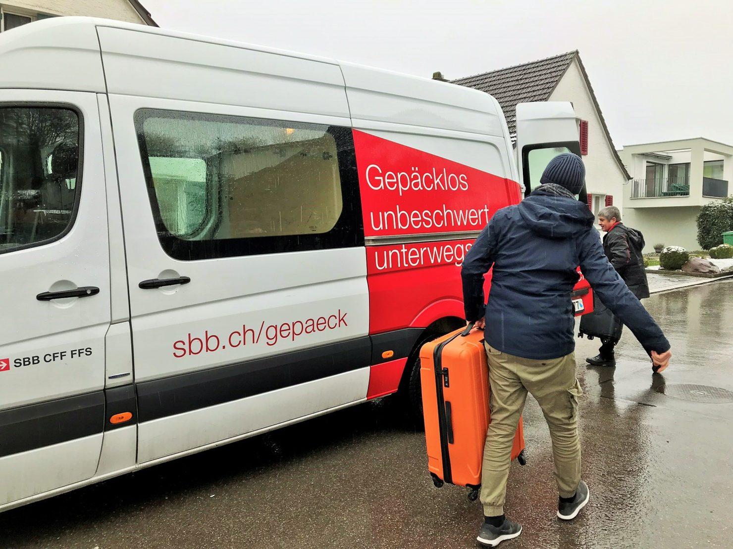 Familien Skiferien in Braunwald Gepäck Transport SBB