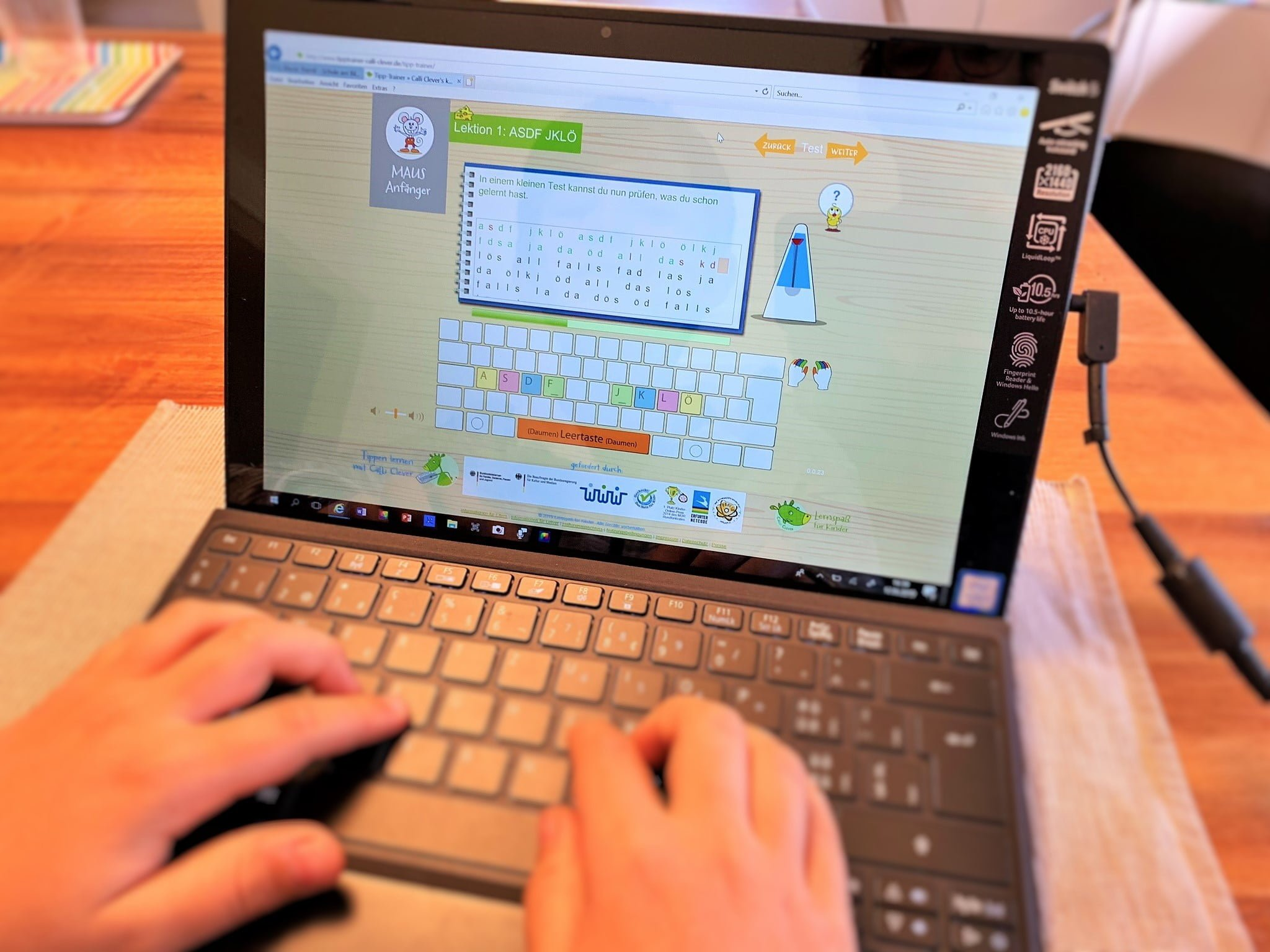 So lernen Kinder heute Tastaturschreiben auf dem Tablet