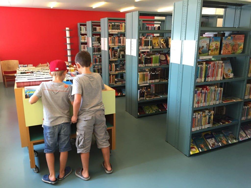 Die Bibliothek - eine Art zweite Stube für unsere Jungs
