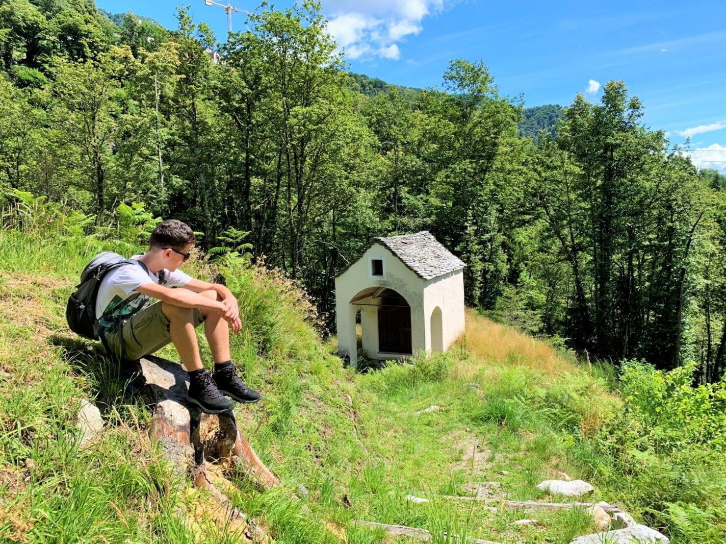Sommerferien in der Schweiz: Unterwegs im Centovalli im Tessin