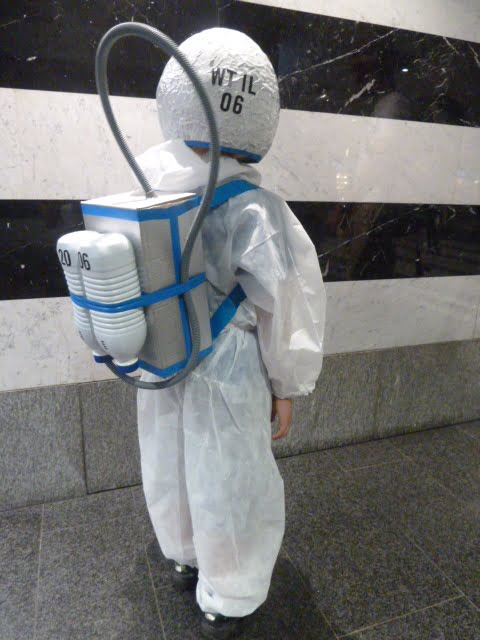 Astronauten-Kostüm einfach gemacht