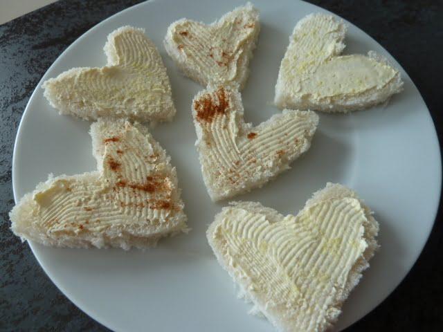 Frühstücks-Idee: Spiegel-Ei-Toast mit Herz