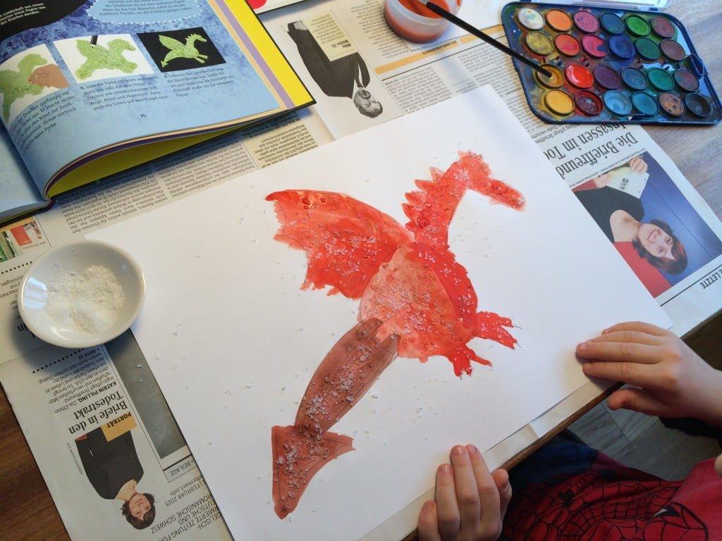 Salzbilder malen mit Kindern