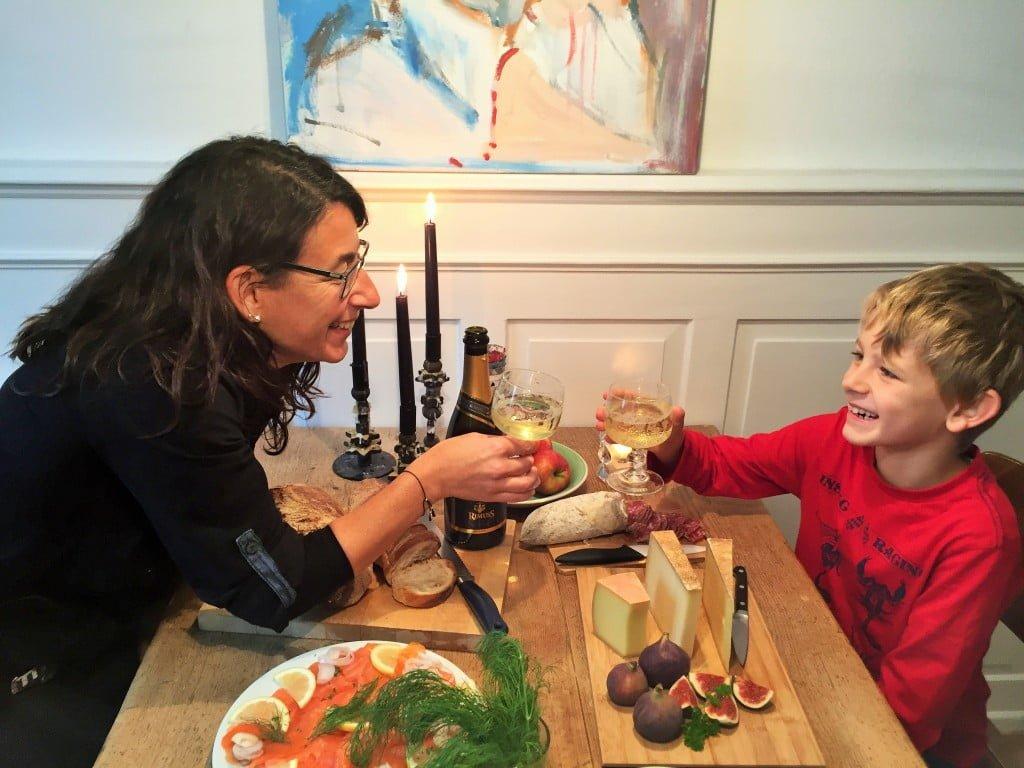 Tipps und Inspiration für Silvester mit Kindern: Ideen von A wie Aperitiv bis Z wie Zauberspruch für die ganze Familie
