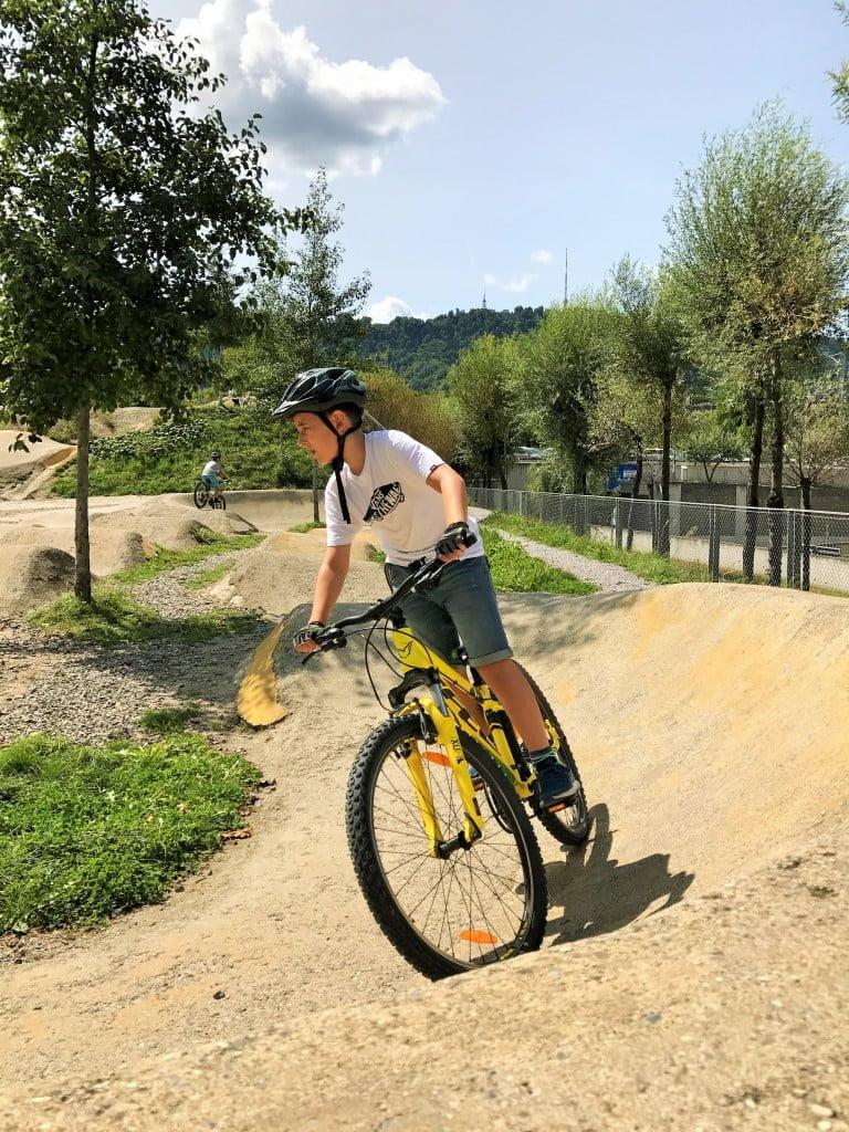 Bikepark Zürich - Tummelfeld für grosse und kleine Biker