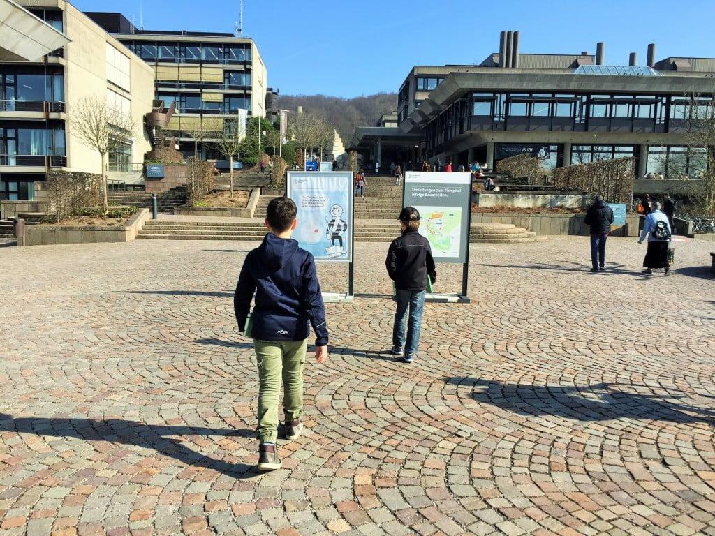 Kinder-Universität Zürich: Wenn Primarschüler Hörsaal-Luft schnuppern