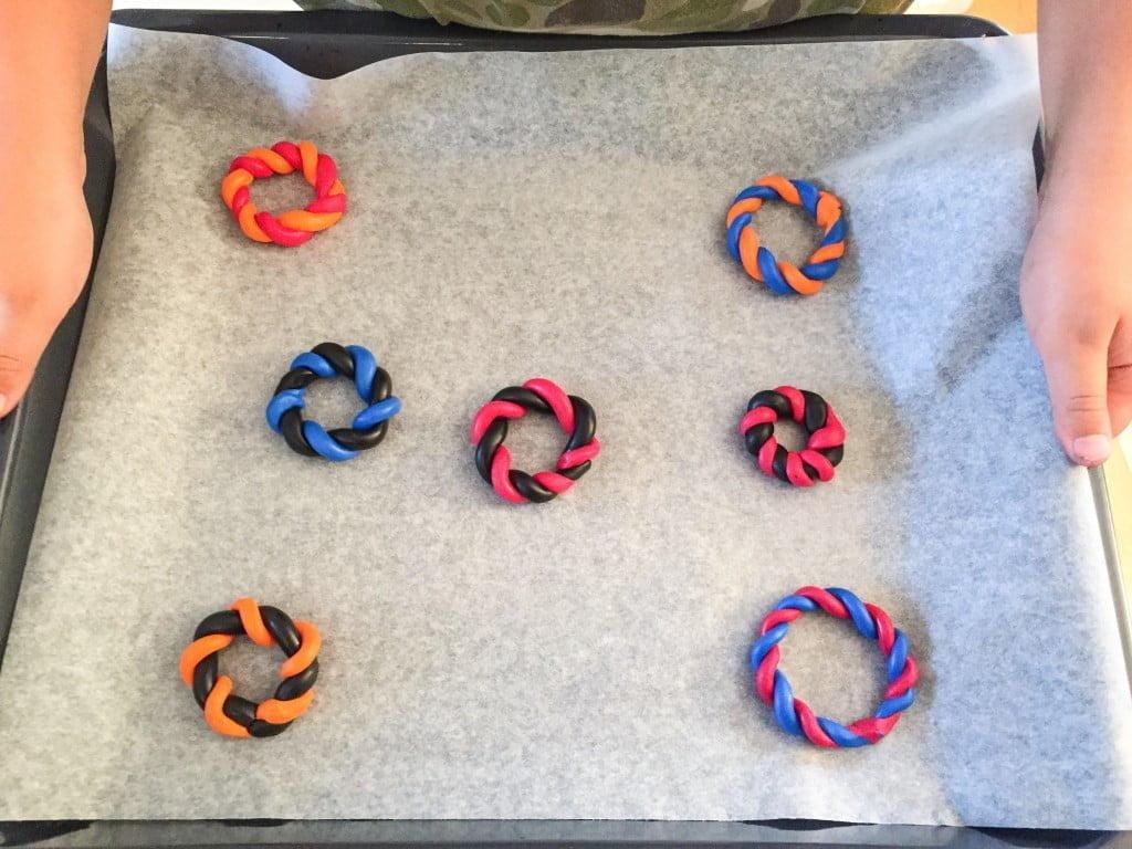 Pfadi Krawattenhalter Modellieren und basteln mit Fimo