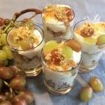 Trauben Dessert in Schichten