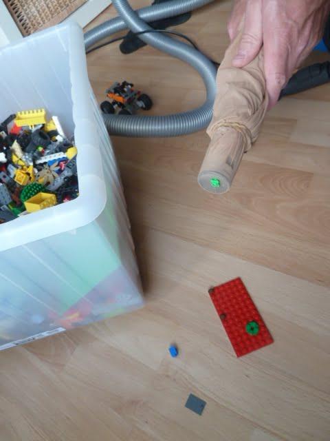 Staubsaugen mit Lego - so geht das!