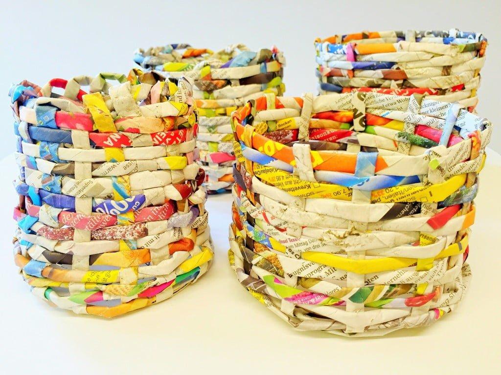 Upcycling-Basteln: Osternestchen aus alten Zeitungen