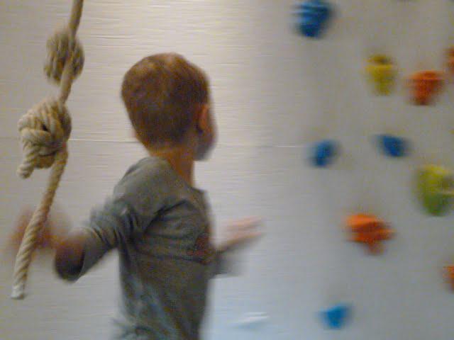 Unsere Familienferien im rocksresort - klettern in der Freestyle Academy